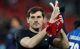 Iker Casillas'a sürpriz talip çıktı! Teklif...