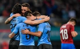 Ve Muslera oynadı, Uruguay finale çıktı