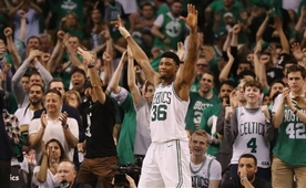 Marcus Smart, Boston Celtics'te devam dedi!