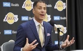 Rob Pelinka, Lakers'ta kontrolü ele aldı...