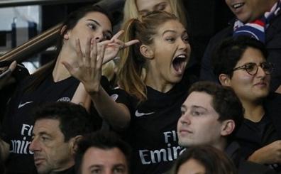 Onlar da sonunda futbola merak sald�, �ok daha fazlas�...