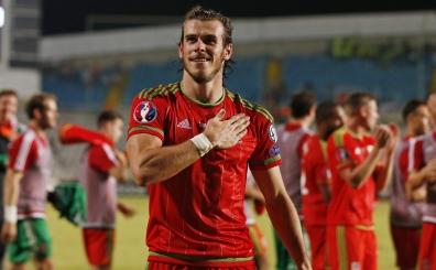 Bale, Rumlar� tek ba��na y�kt�! 'S�k�nt� yok, bendensin'