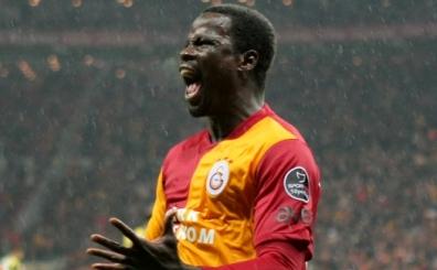 Galatasaray'dan ayr�lan Eboue, Zokora'n�n yan�na gidiyor!..