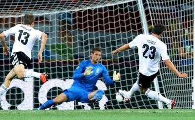 Be�ika�'�n dev transfer Mario Gomez'in en g�zel golleri