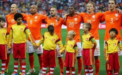 Galatasaray'a s�rpriz Hollandal�! Bedavaya imza atmaya haz�r!...
