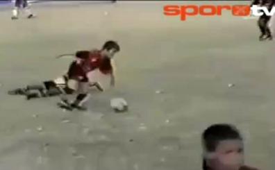 Daha �nce hi� g�rmedi�iniz 9 ya��ndaki Messi'nin o videosu...
