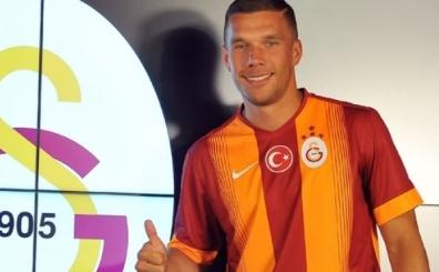 Galatasaray, 7 oyuncunun biletini keserek Podolski'yi ald�!