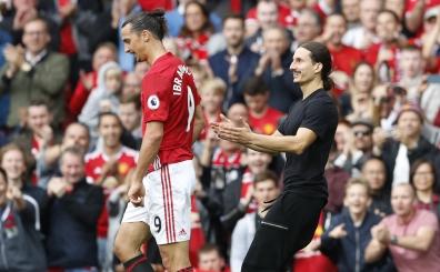 Old Trafford'da �ok ilgin� an, iki Zlatan yan yana geldi ve... O an!