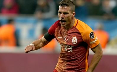 Podolski, yeni yerini yorumladı: 'Böyle daha özgür, daha iyiyim'