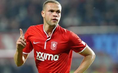 23'l�k Hollandal� y�ld�z a��klad�: 'Galatasaray'a gitmeyece�im...'