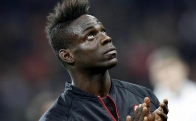 Galatasaray'�n g�ndeminde b�y�k transfer: Balotelli!