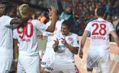 .. Ve Antalyasporlu futbolcudan F.Bah�e'ye Be�ikta� g�ndermesi