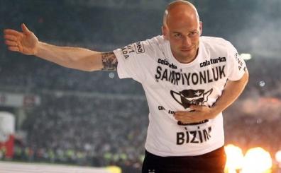 Fabian Ernst'ten vatanda�� olan Mario Gomez'e transfer �nerisi
