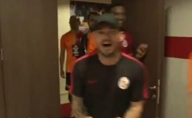 Galatasaray, Fenerbah�e'yi yine Sneijder ile vurdu: 'A�lama'