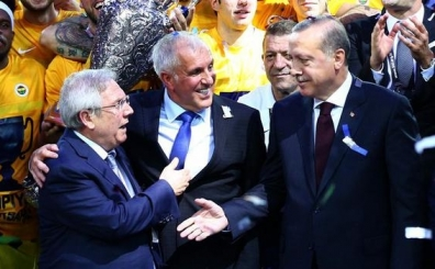 Erdoğan: 'Değerli dostum, o da üzülmesin.  Sloukas da Yunan...'