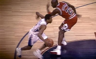 MJ, Iverson'a: 'Beni sevmiyorsun, sevsen o crossover'ı yapmazdın'