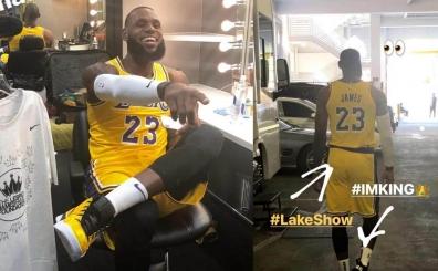 Los Angeles Lakers'ın dünden bugüne giydiği birçok farklı dizayn!