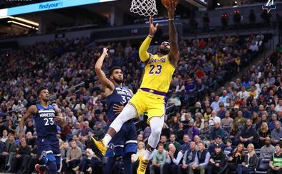 'Jimmy Butler ve Kawhi Leonard, LeBron'la oynamak istemiyor' iddiası