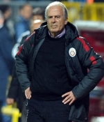Mustafa Denizli te�hisi koydu ve...