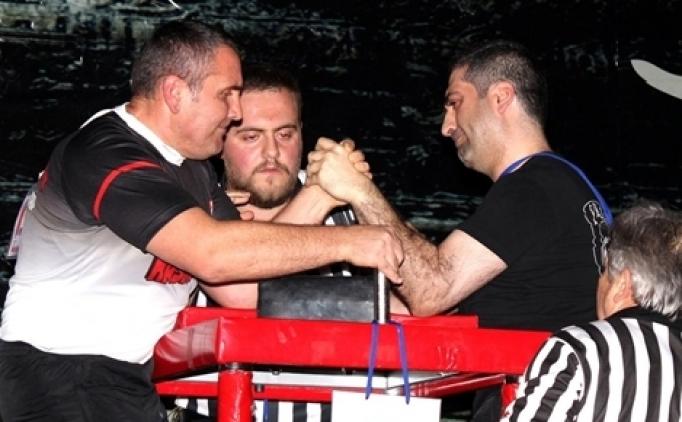 Türkiye Bilek Güreşi Şampiyonası başladı
