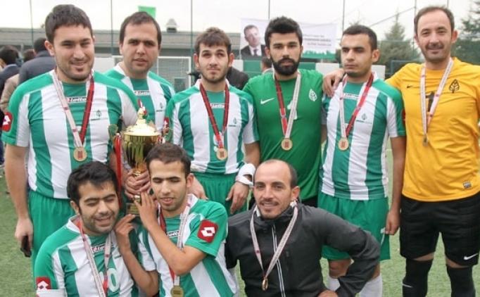 Türkiye'den Chapecoense'ye şampiyonluk kupası