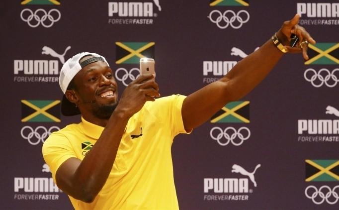 Usain Bolt forvet oynamak istiyor!