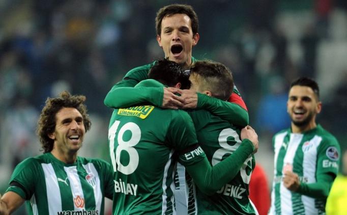 Bursaspor'un beşinciliği taraftarı sevindirmedi