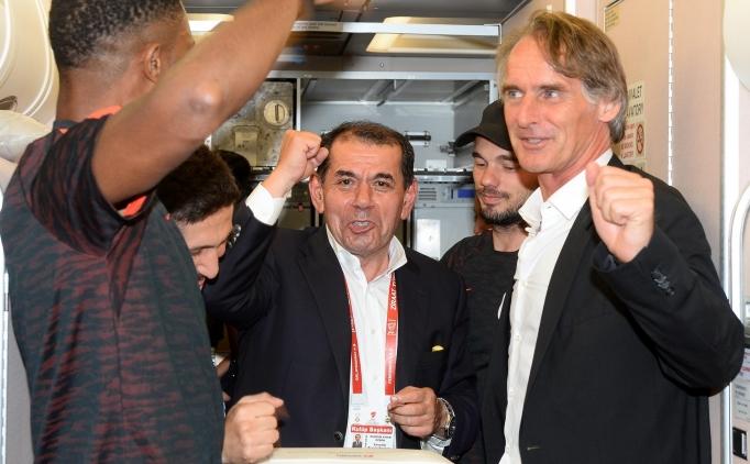 Galatasaray Ba�kan� Dursun �zbek & Jan Olde Riekerink