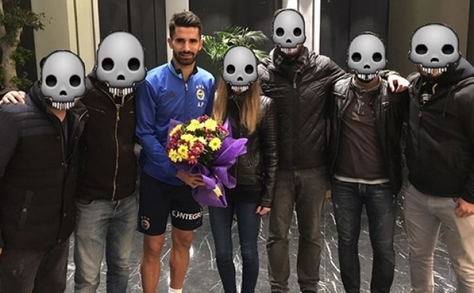 Fenerbahçe'ye 'emojili' ziyaret