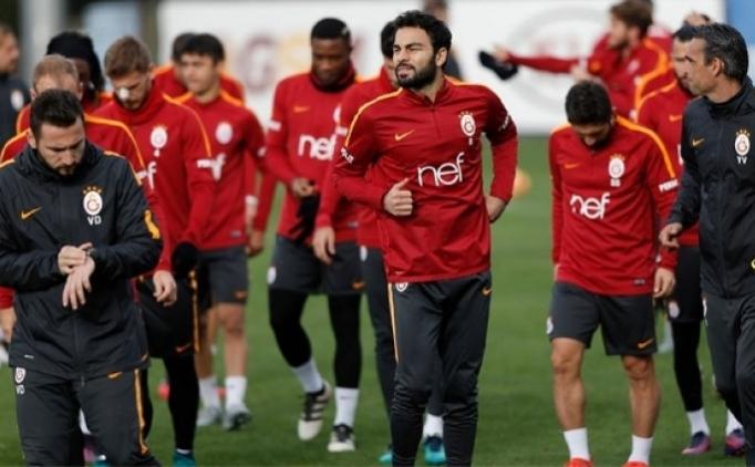 Galatasaray'da futbolculardan galibiyet yemini!