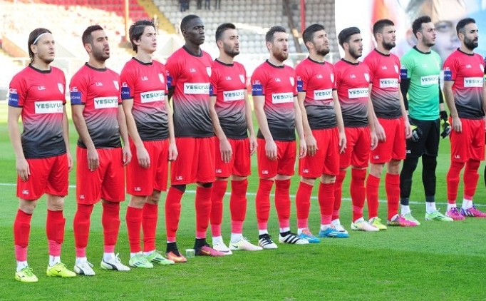 Samsunspor 4 gol attı, 11 puan aldı