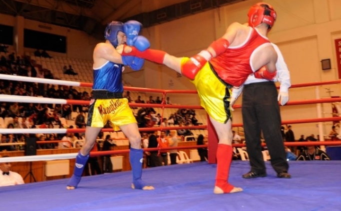 Muay Thai'de 22 madalya