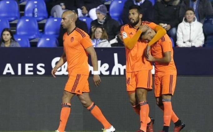Valencia'da kupada güldü!