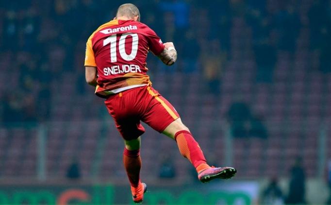 Sneijder, Dursun Özbek'e verdiği sözü tuttu!