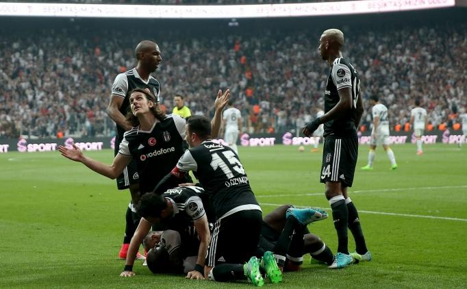 Beşiktaşlı futbolculardan galibiyet yemini