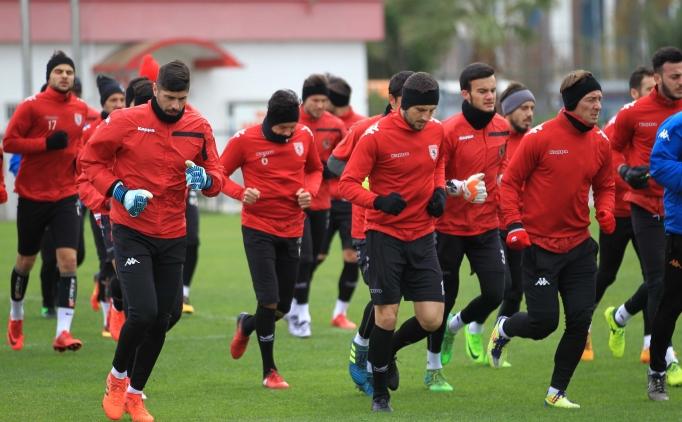 Samsunspor'da 10 futbolcu TFF'ye başvurdu