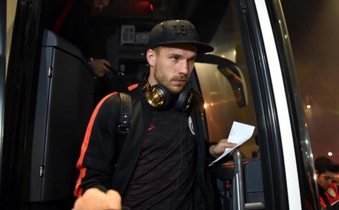 Lukas Podolski, Çin'e transfer oluyor mu?