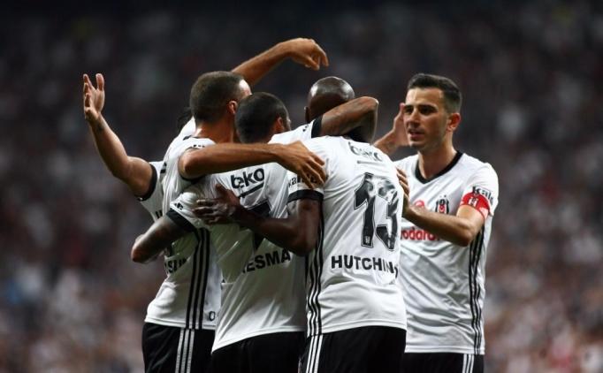 Beşiktaş'ta Porto maçı öncesi Atiba belirsizliği