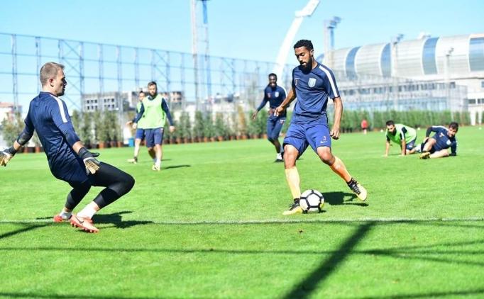 Kıran kırana maç kapıda; Başakşehir - Alanyaspor