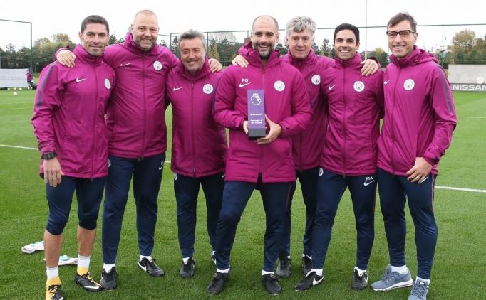 Ayın teknik direktörü Guardiola; futbolcusu ise Harry Kane...