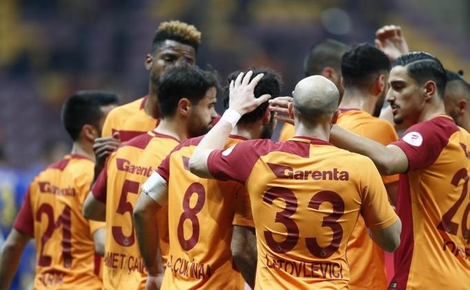 Galatasaray kupada yedekleriyle güldü