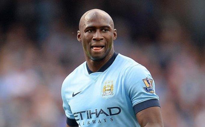 Beşiktaş'ın gündemindeki Mangala için Manchester City kararını verdi