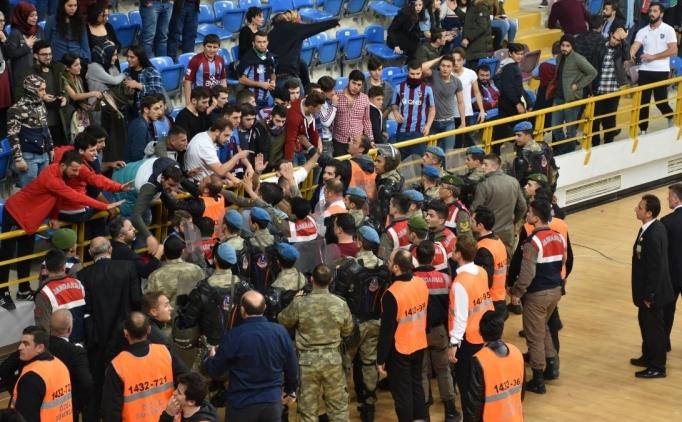 Trabzonspor'a 2 maç seyircisiz cezası!