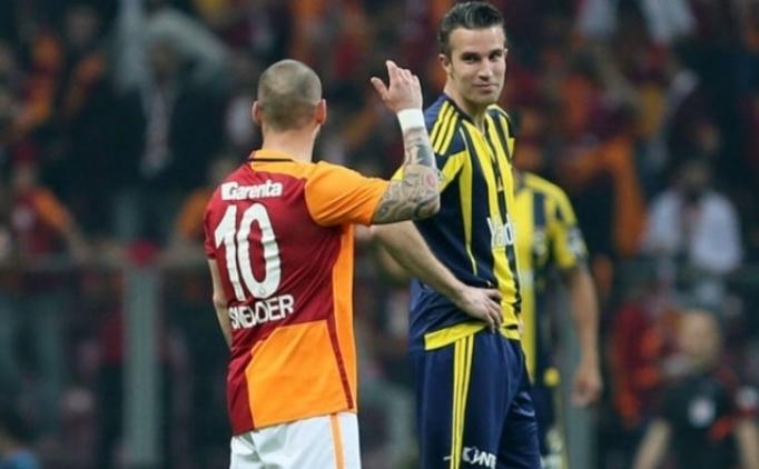 Derbide gözler Hollandalı oyuncuların üzerinde