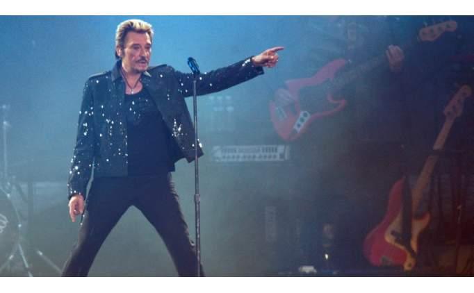 Ünlü şarkıcı Johnny Hallyday hayatını kaybetti