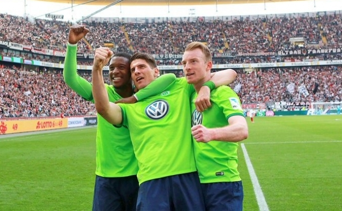 Aykut Kocaman istedi, Wolfsburg ile temasa geçildi