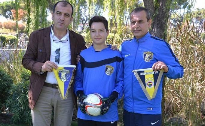 11 yaşında Fenerbahçe'ye transfer oldu