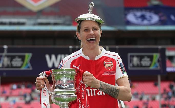 İngiltere Milli Takımı'nın yıldızı Kelly Smith, futbolu bıraktı!