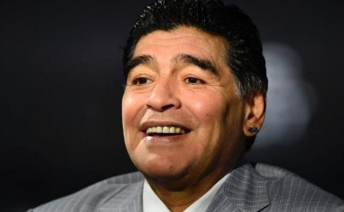 Maradona'dan Dani Alves'e küfür!