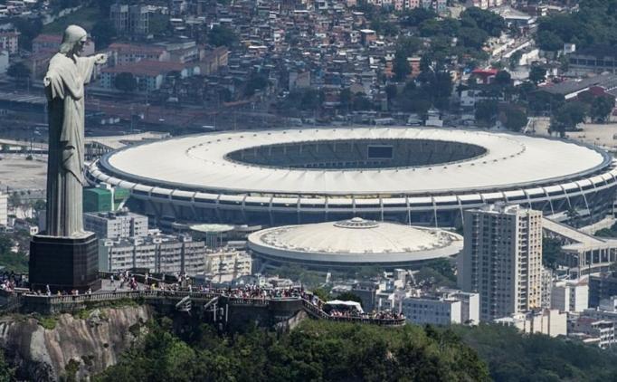 Brezilya'da tarihi stat yağmalandı!
